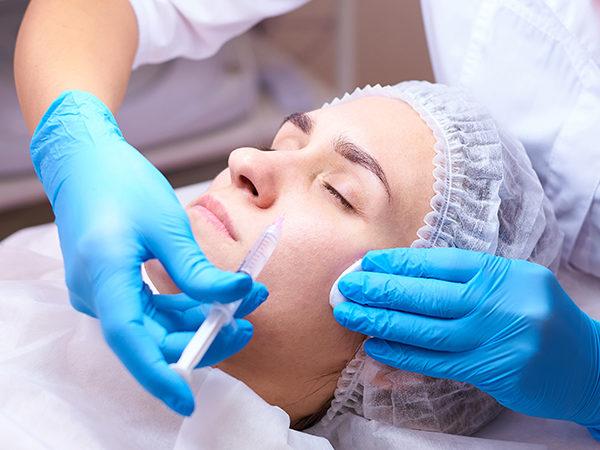 Hyaluronsäure Faltenunterspritzung Augenrinnenunterspritzung Medical Beauty Aesthetic Frankfurt 11